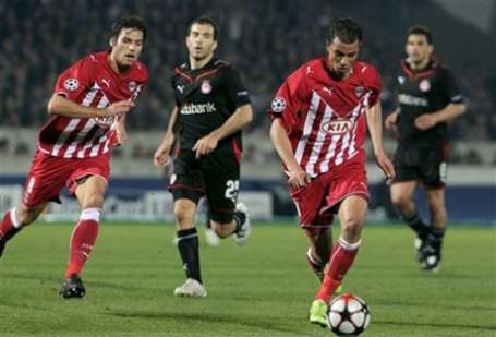 Olympiacos triumphed with the title early in Greece