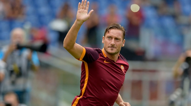 Japanese club offered Totti a contract